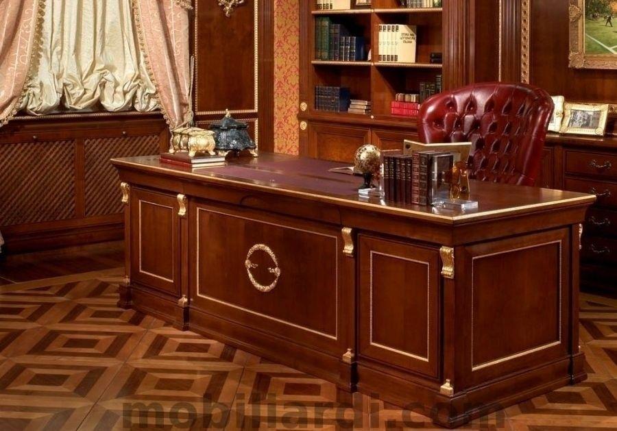 Klasický Dřevěný Nábytek REGIMENTAL DE LUXE